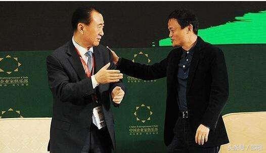 阁主科技:就在刚才,他成了中国首富,没想到吧……